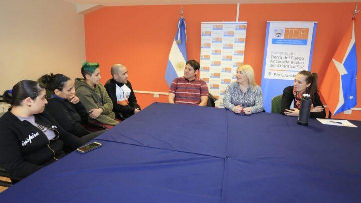 BERTONE RECIBIÓ A LA SELECCIÓN FEMENINA DE FUTSAL DE RÍO GRANDE