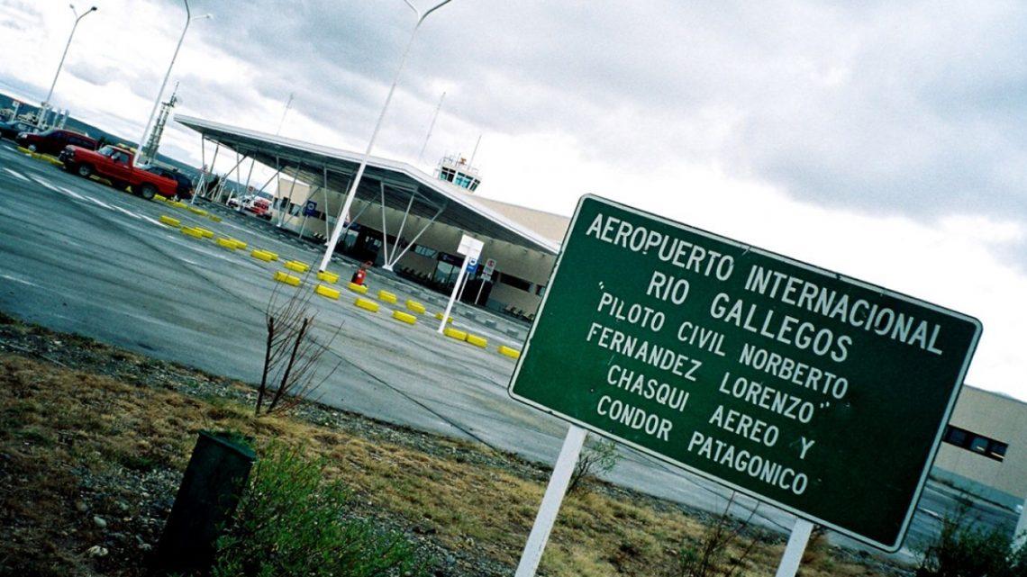 Vuelo Desde Ushuaia Aterrizó De Emergencia: Un Pasajero Tuvo Un «Brote Psicótico»