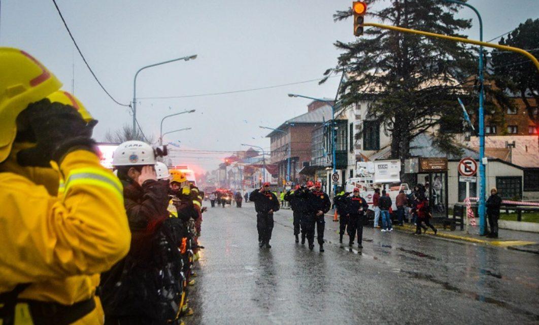 Pese al mal tiempo, el desfile cívico militar se hará