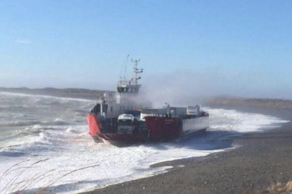 URGENTE: Cerraron el puerto en Primer Angostura y no hay cruce de barcazas
