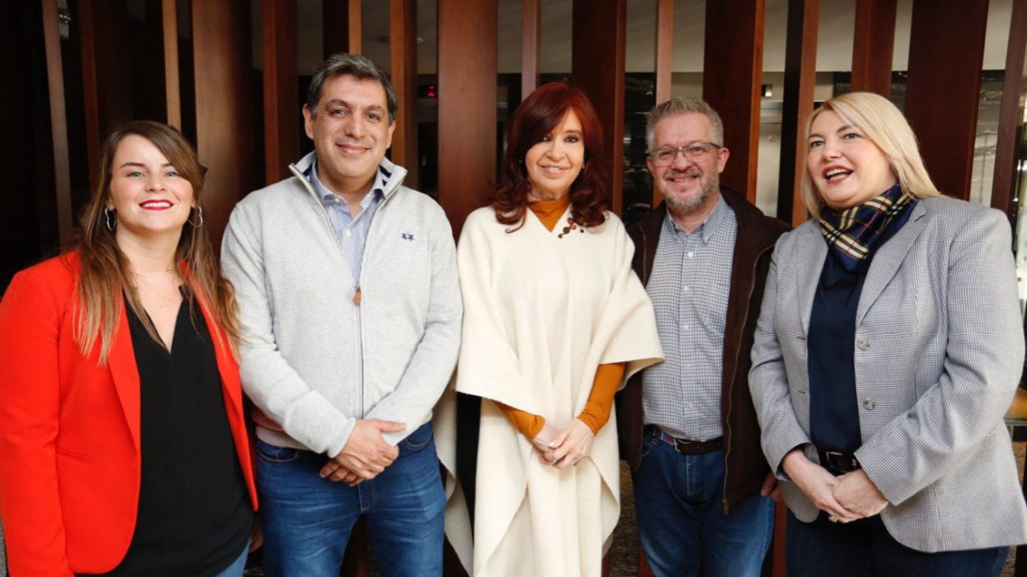"""Alberto y Cristina recibieron a los candidatos fueguinos del """"Frente de Todos"""""""