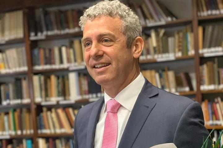 Ahora #BuenosAires #Exitosa presentación del D.R. Ernesto #Loffler en la defensa de su tesis electoral en Derecho MG
