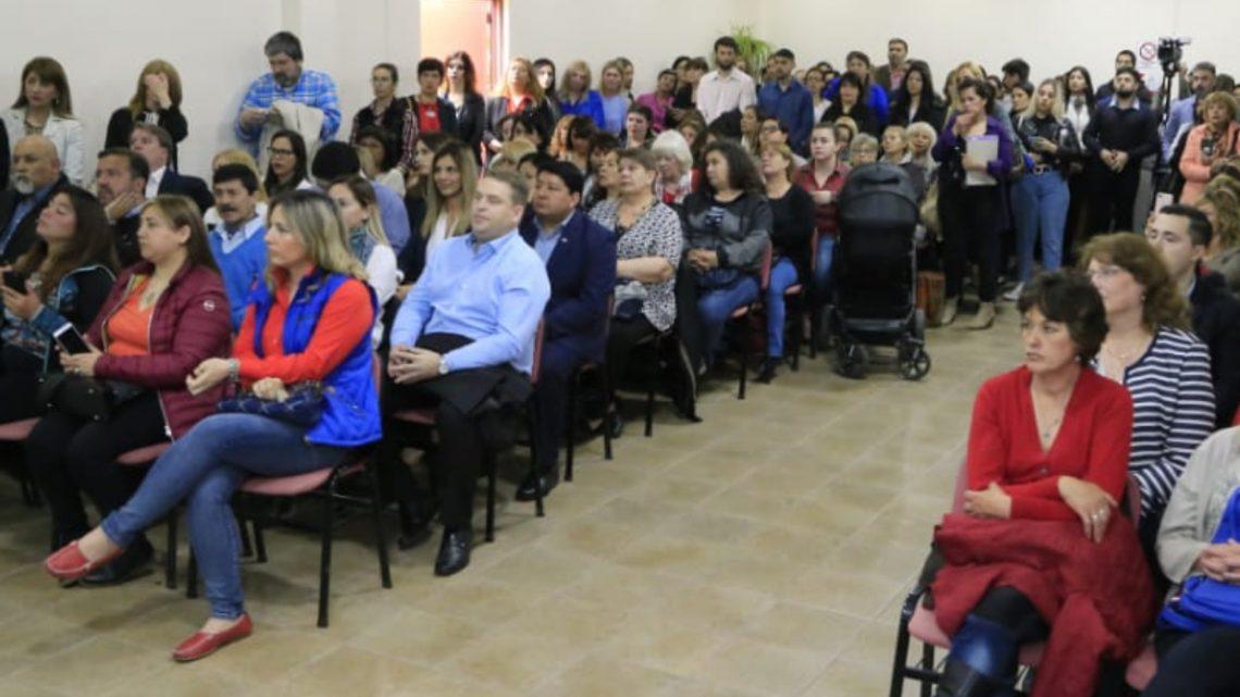 Concejales: Raúl Von Der Thusen, Walter Abregú, Cintia Susñar , Hugo Martinez, Walter Campos, Pablo Llancapani, Acompañaron El Lanzamiento Del Programa Mujeres Emprendedoras