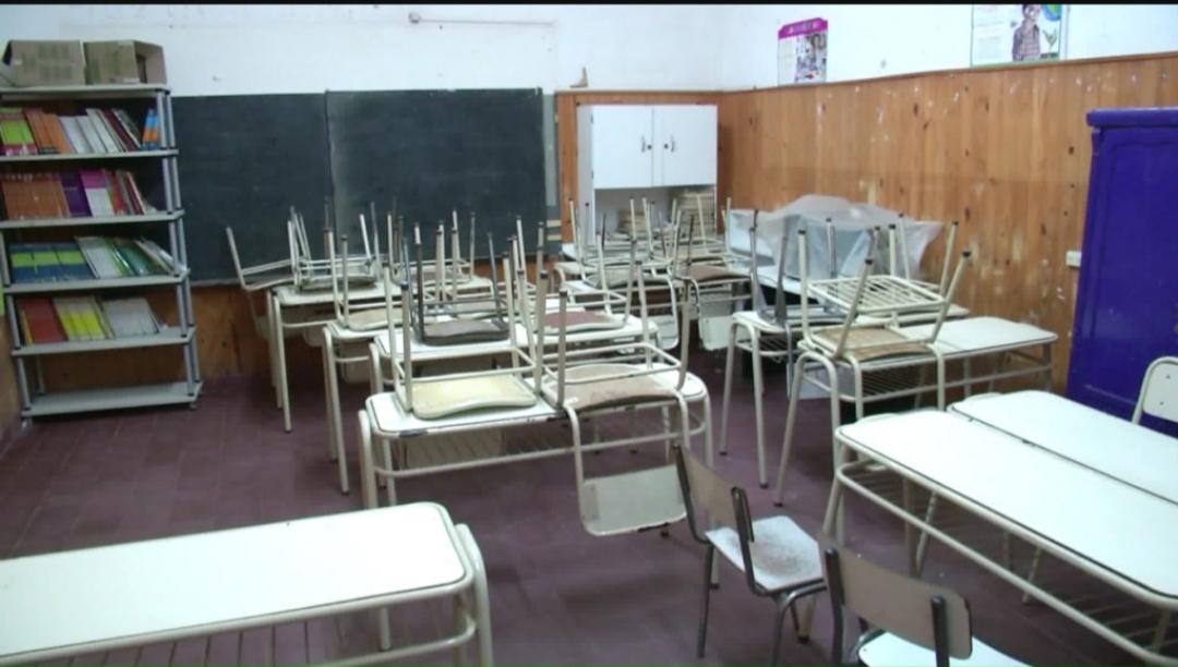 El Gobierno Anunciaría Mañana La Suspensión De Clases En Escuelas Primarias Y Secundarias De Todo El País