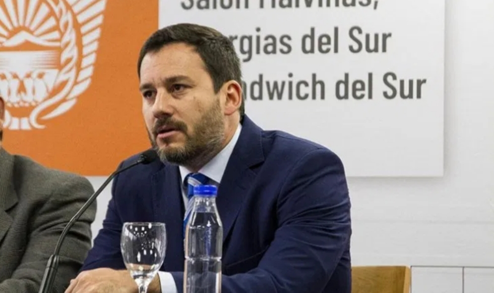 Insólito: Gobierno Provincial asegura haber limitado al mínimo el tránsito en Tierra del Fuego, pero siguen ingresando por San Sebastián