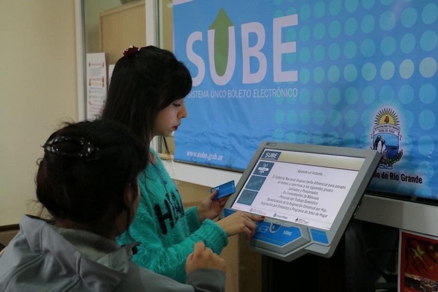 Requisitos para que los estudiantes puedan obtener el subsidio en transporte público