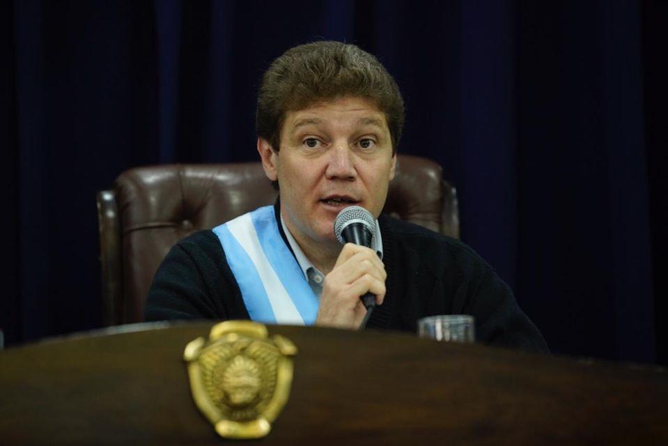 Insólito: Melella consiguió dos vuelos semanales a Río Grande y podrán volver residentes fueguinos