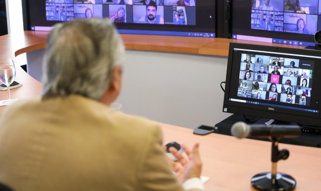 Coronavirus COVID-19: El Presidente mantuvo una videoconferencia con miembros del Grupo de Puebla