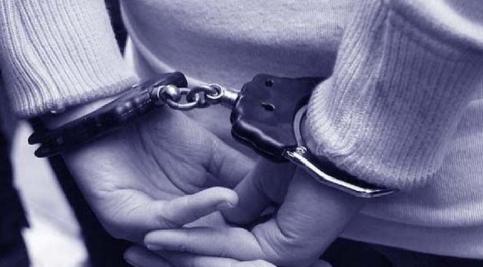 Adolescente de 17 años de edad mató al novio a cuchilladas porque le rompió el celular