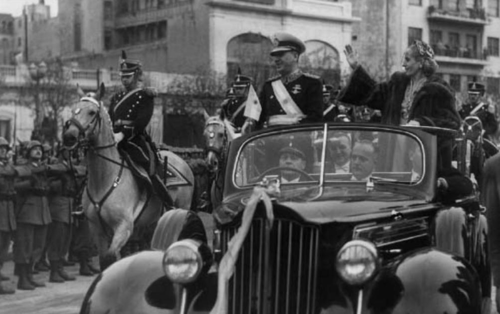 Rematan el auto en el que Perón y Evita pasearon juntos por última vez