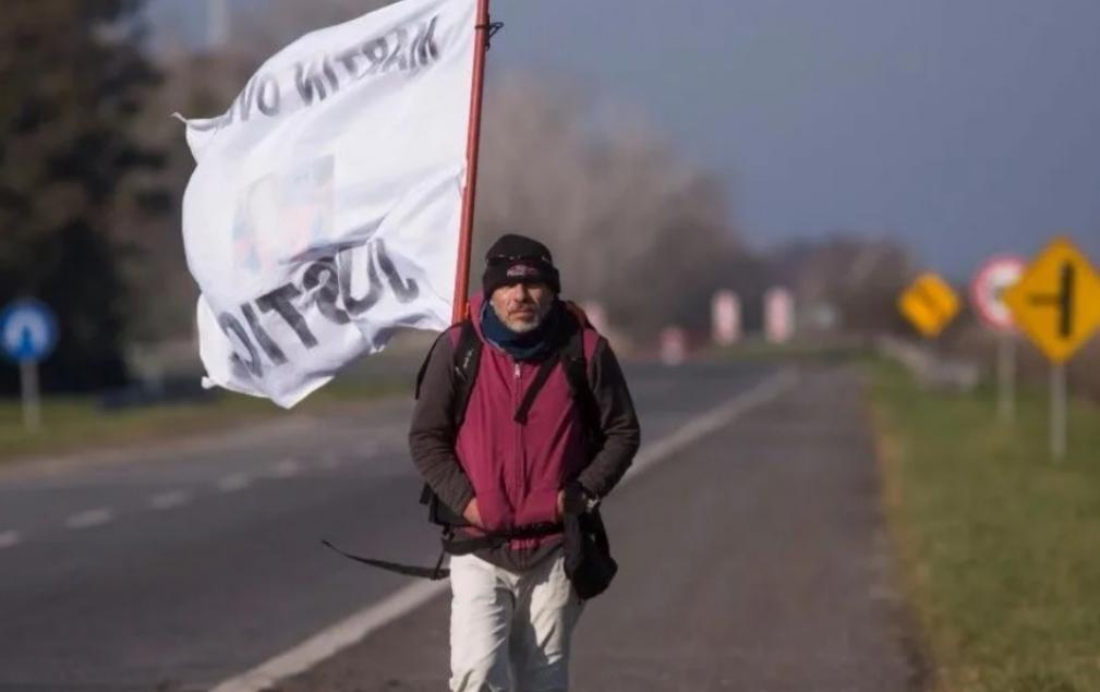 Decidió Recorrer 400 Kilómetros A Pie Para Pedir Justicia Por El Asesinato De Su Hijo