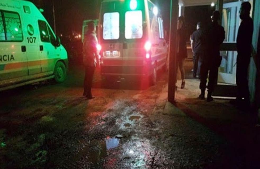Pelea entre pareja de policias, un atropellado