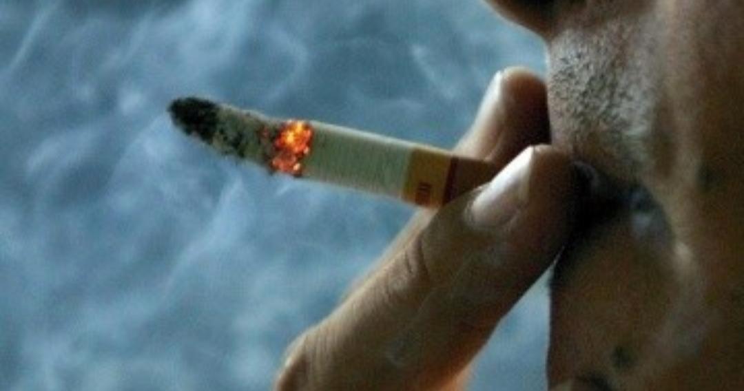 El coronavirus y el «pucho»: el 20% de los muertos eran fumadores
