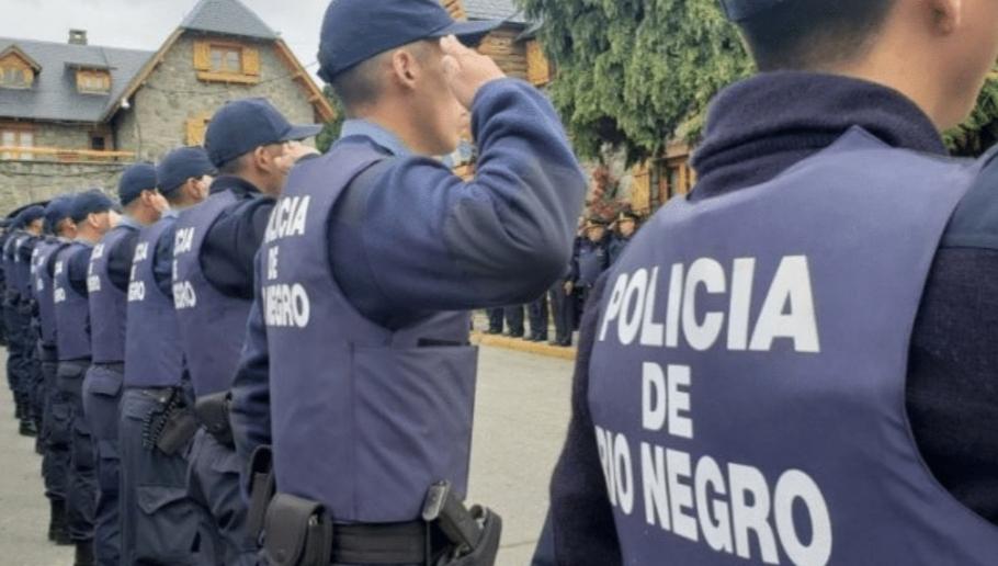 BARILOCHE: ocho policías hicieron una fiesta y quedaron imputados por violar la cuarentena