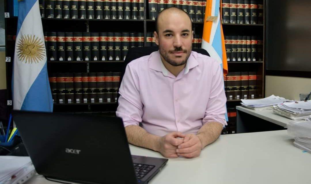 """CÉSAR MOLINA: """"EL GOBIERNO PROVINCIALESTÁ SORDO A LOS RECLAMOS Y FUERA DE LA LEY"""""""