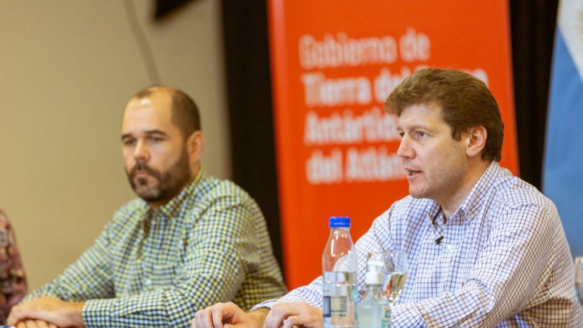 Agustin Tita sumó 6 nuevos asesores a su gabinete