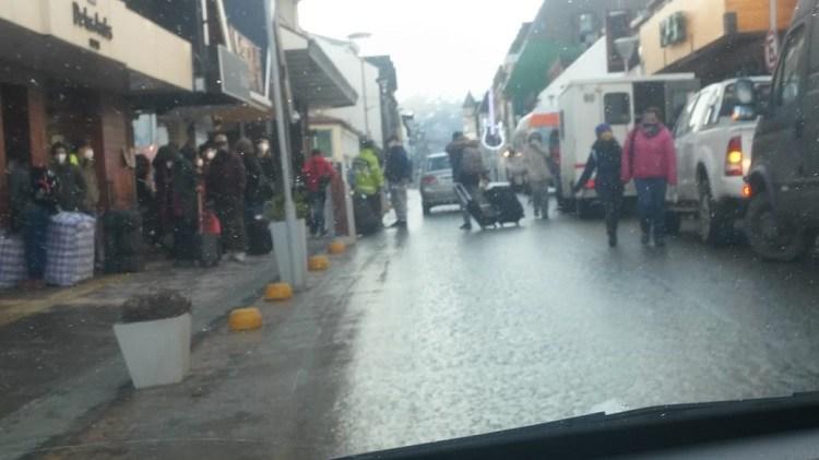 «Repatriados»: Un gobierno de improvisados generó caos en el centro de Ushuaia