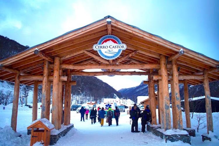 El Cerro Castor anuncio que abre el 1 de Agosto