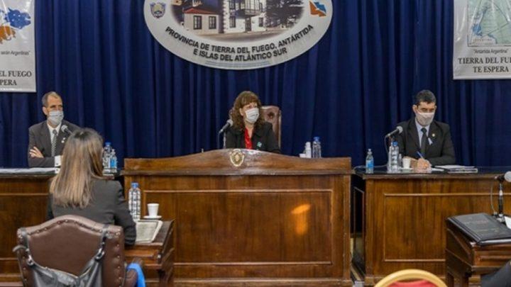 Legislatura sin crisis, dos millones para cada legislador y la vice sigue con los 74 asesores