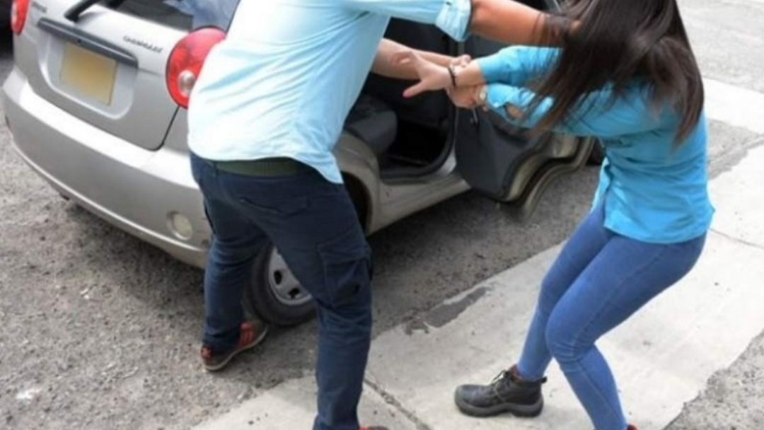 Cuatro hombres intentaron secuestrar a una joven ayer por la tarde