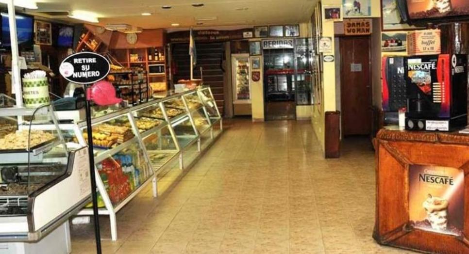 Abrió nuevamente la panadería La Unión por iniciativa de los trabajadores