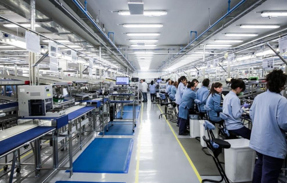 Mirgor compró la fábrica Brightstar, la fabricante local de celulares Samsung y LG en Río Grande