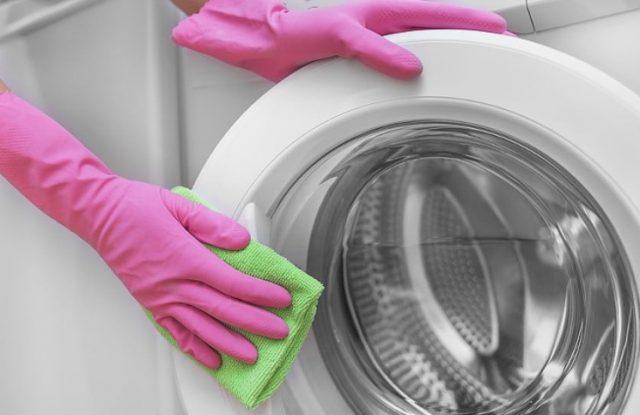 Cómo limpiar el lavarropas con vinagre para evitar el sarro y malos olores