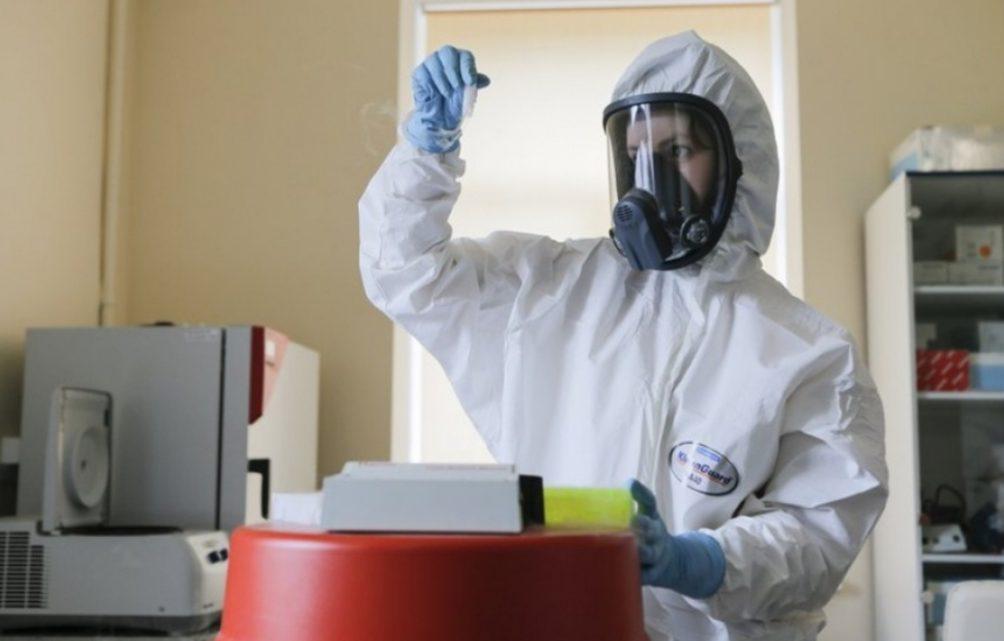 Coronavirus: la vacuna rusa se aplicará primero a grupos de riesgo y será gratuita