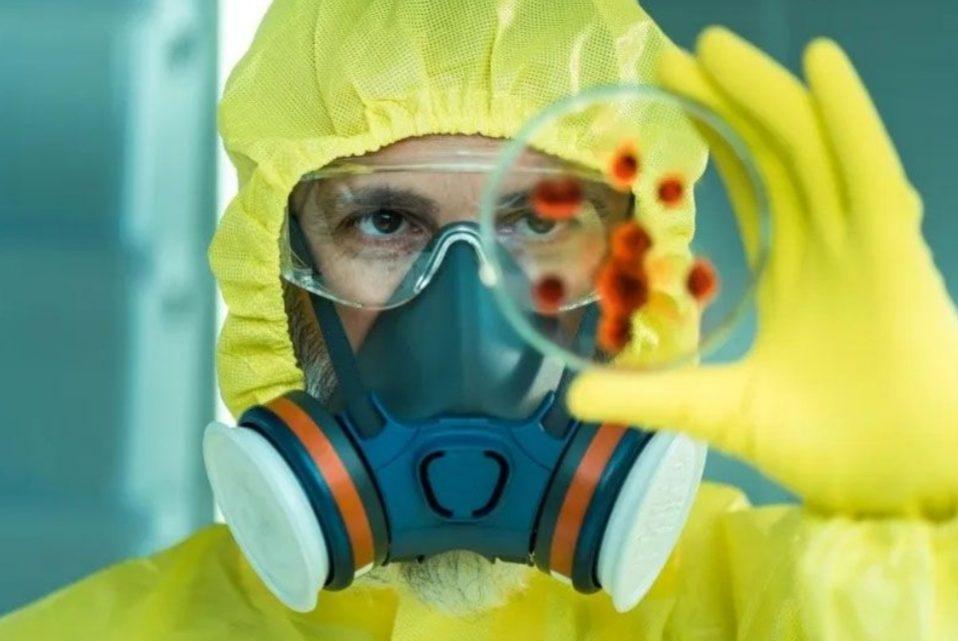 Alarma por un virus parecido al ébola que se propaga de persona a persona: ¿podría llegar a Argentina?