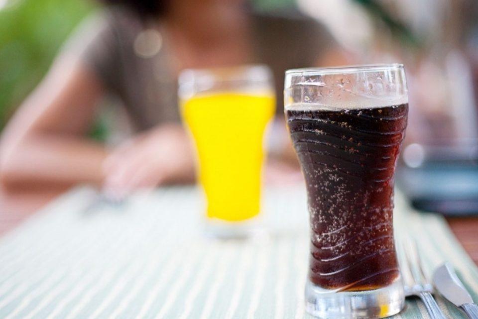 Por el consumo de bebidas azucaradas, más de 800 mil argentinos se enferman por año