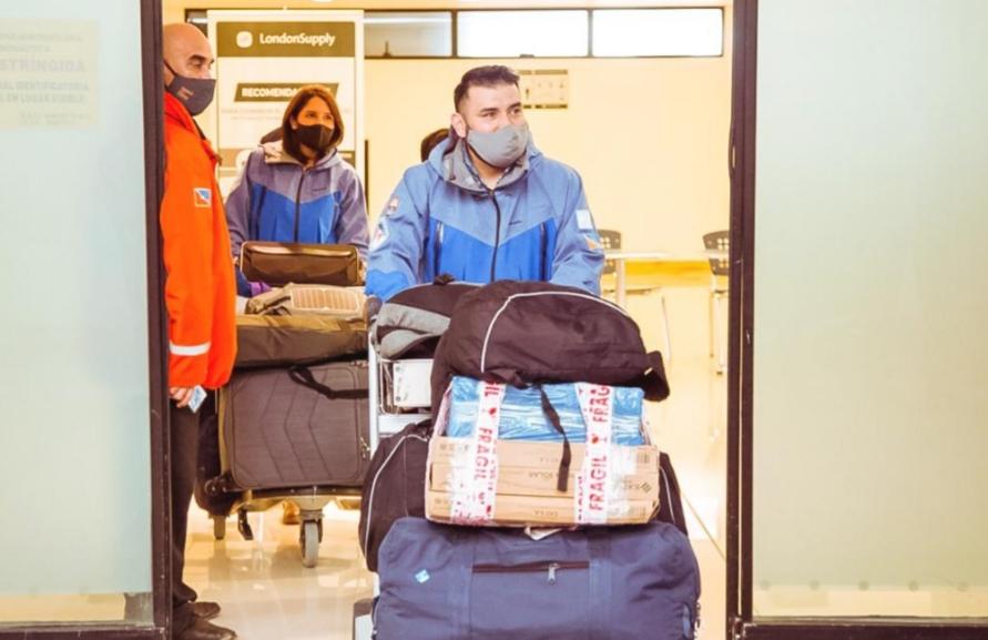 Docentes regresaron de la Antártida