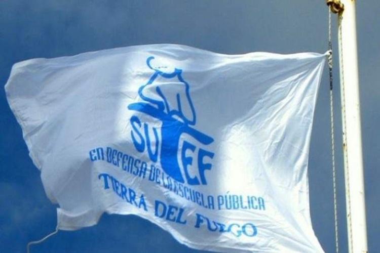 Siguen las medidas del SUTEF y el Gobierno elevo una nueva propuesta salarial