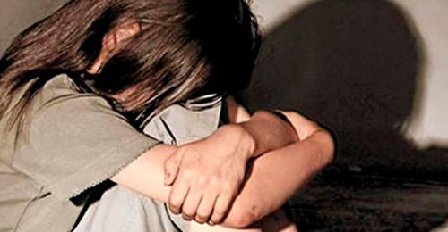 Se filmó violando a su hijita, y la descubrieron porque se equivocó de grupo al mandar el video por WhatsApp