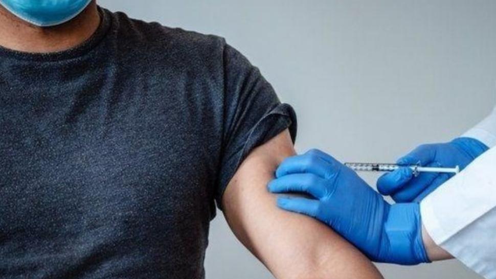 Pfizer pidió la autorización a Anmat para empezar a vacunar en la Argentina