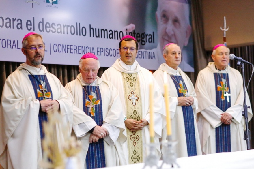 La Iglesia llama a una jornada de oración el 8 de diciembre antes del debate de la ley del aborto