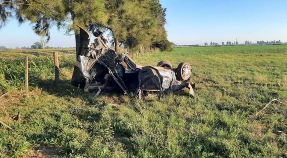 Accidente fatal en Santa Fe: murieron cuatro adolescentes al volcar el auto en el que viajaban