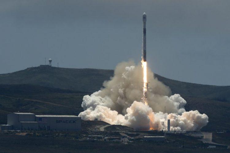 Aseguran que la explosión del cohete SpaceX fue provocada por un OVNI