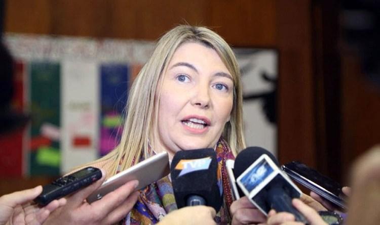 Bertone: «Melella acaba de escribir la página más negra de la historia institucional de Tierra del Fuego»
