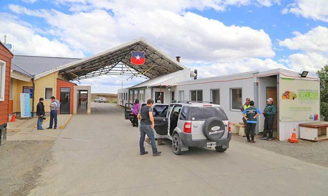 ¿Se puede cruzar la frontera para ir a Punta Arenas?