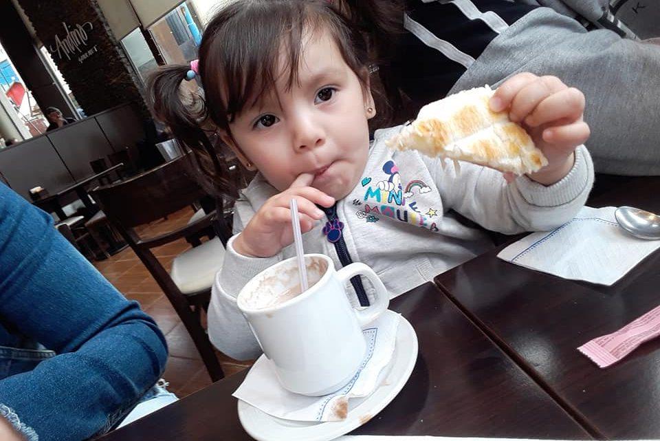 Padres fueguinos desesperados: Tienen 24 horas para juntar el dinero para operar a su hija