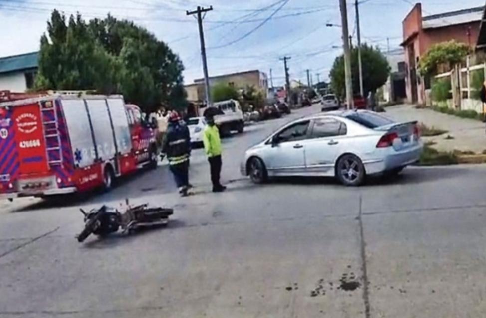 Choque, un  motociclista trasladado al Hospital