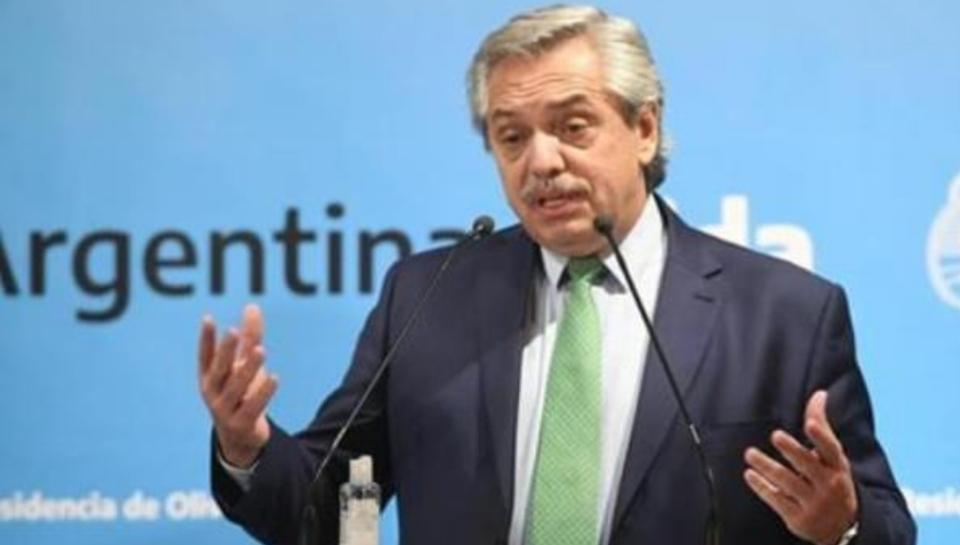 Las 3 medidas que Alberto Fernández implementaría si sigue el aumento de casos