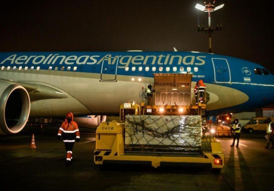 Sputnik V: el Gobierno prepara otro vuelo a Moscú para traer el segundo cargamento