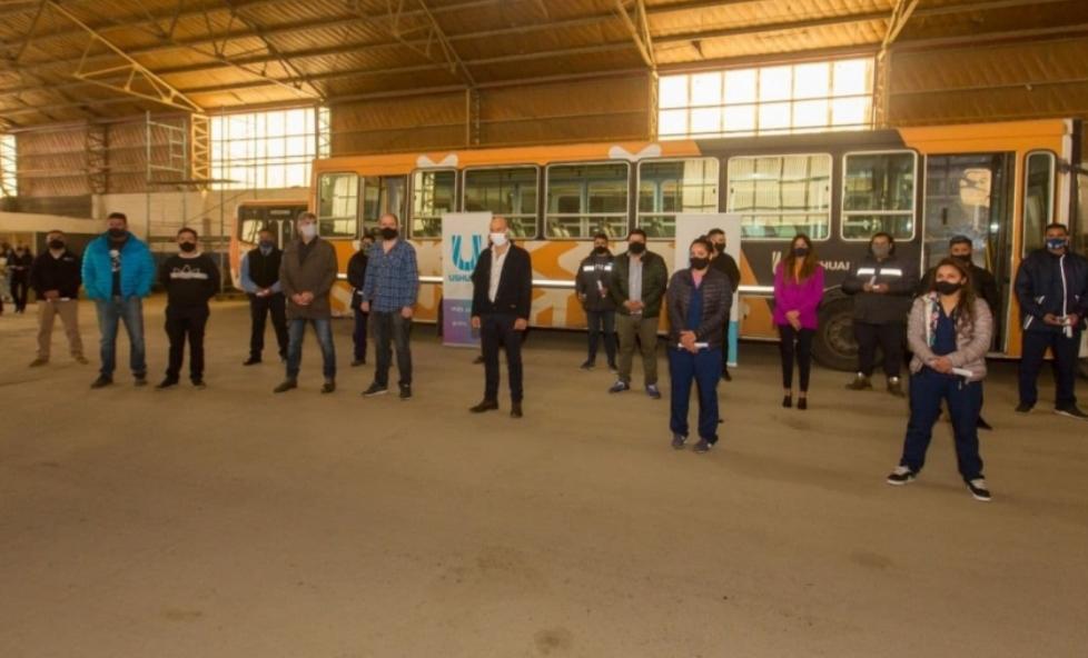 En Ushuaia, la Municipalidad reconoció el trabajo del personal del transporte público