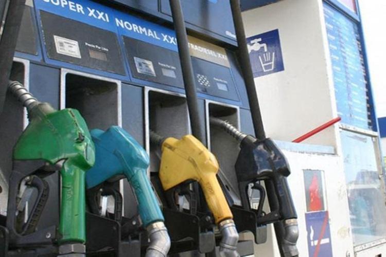 Nuevo aumento de combustibles en YPF