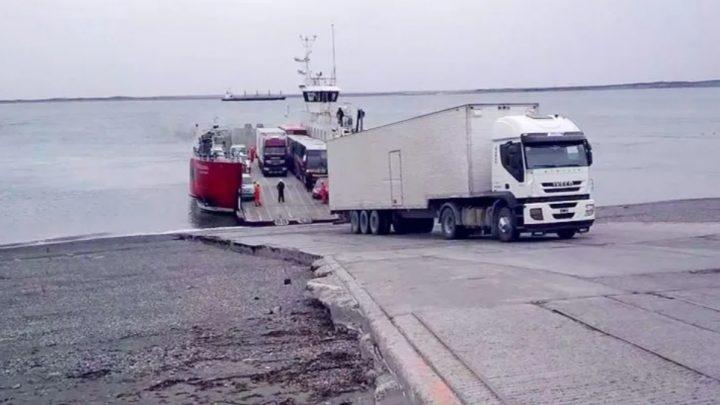 Cuatro mil pesos el costo de la barcaza en Bahía Azul