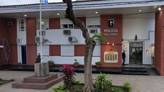 Detienen a dos policías acusados de abusar sexualmente de una menor en un patrullero