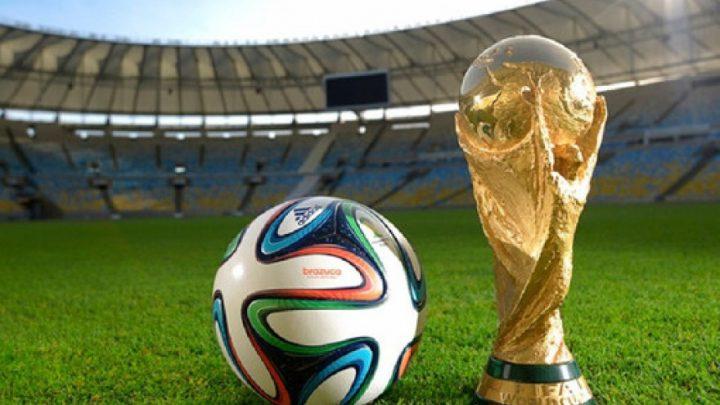 La FIFA mete presión para organizar un Mundial cada dos años