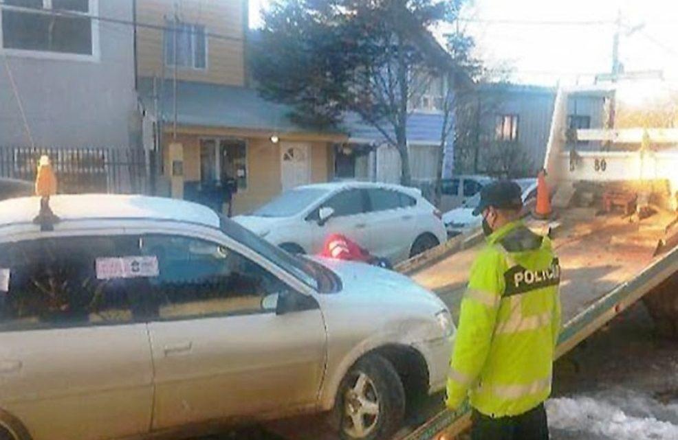 Taxista Borracho, Choco Vehiculo Estacionado En La Madrugada