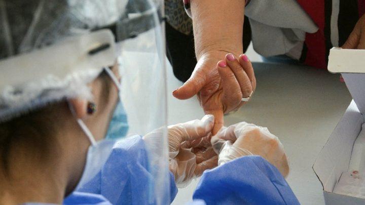 La Anmat aprobó un test rápido que detecta anticuerpos en la fase temprana del virus